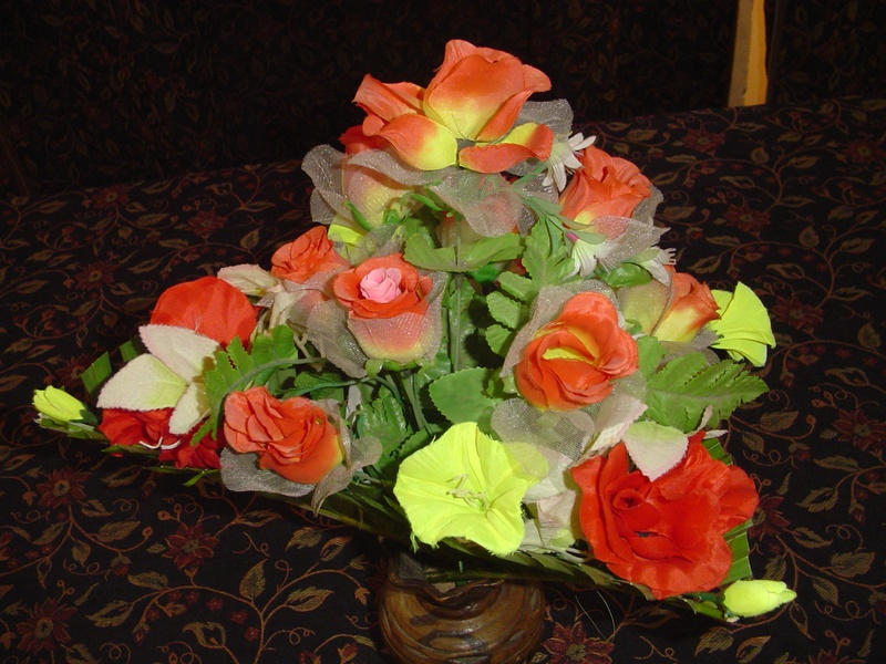 full triangle flower arrangement